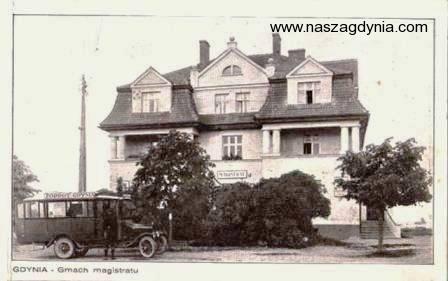 K. Dux, Gdynia